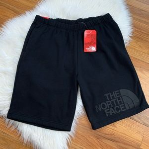 The North Face NWT Men's Black Athletic Shorts